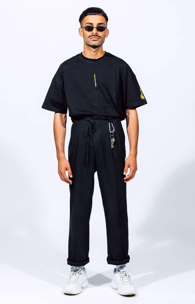 Schwarzes T-Shirt Introvrt Stolidity Männer