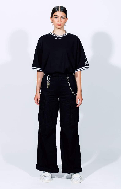 Schwarzes T-Shirt Introvrt Wrath Frauen